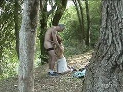 Amadora mete com velho da floresta