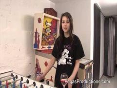 Garota emo grava video porno