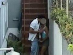 Sexo na escada da favela