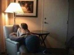 Negão grava escondido foda com namorada