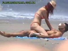 Dando uma rapidinha na praia