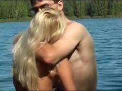 Agora ela sabe porque a ela gosta do lago