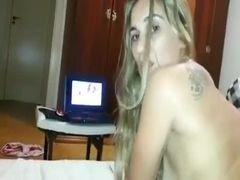 Video caseiro da loira cavala sentada na rola do macho